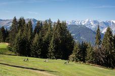 Course de Golf à Verbier entre zapins et montagnes